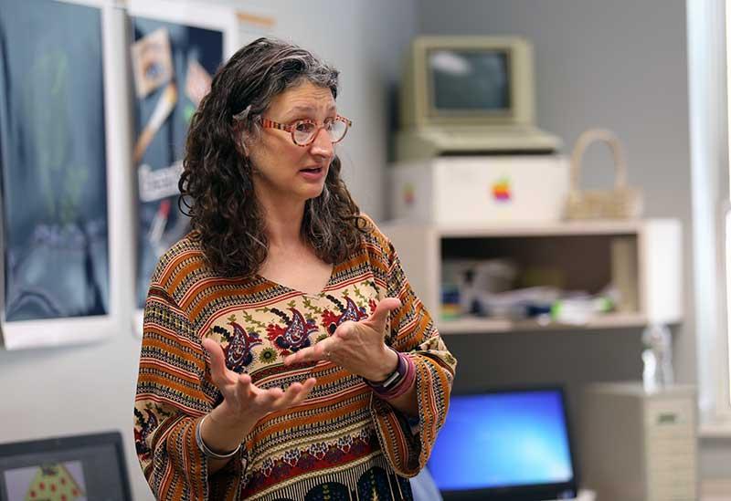 Diana Day Teaches Teens WordPress at WordCamp Lancaster