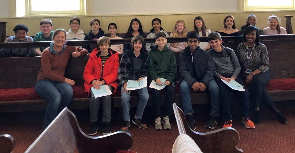 MFS Middle Schoolers Visit Greene Street Friends School for Student Government Discussion